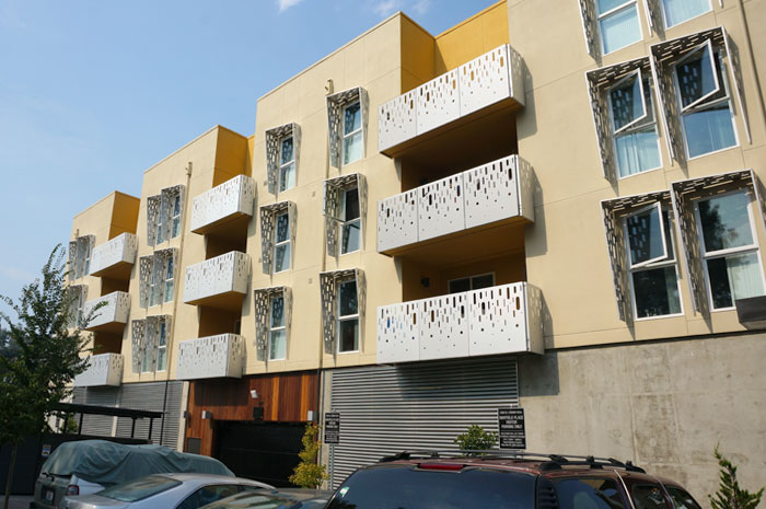 Mayfield_place_balconies_1